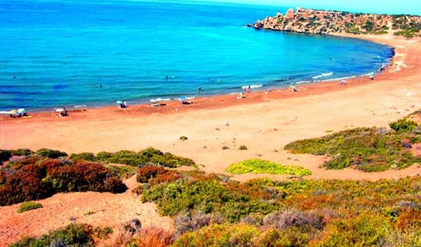 пляж в Алагди