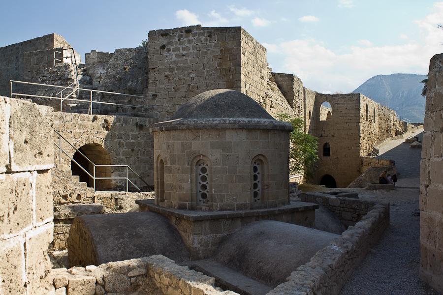экскурсии в Киренийский замок