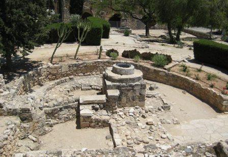 экскурсия в замок Колосии