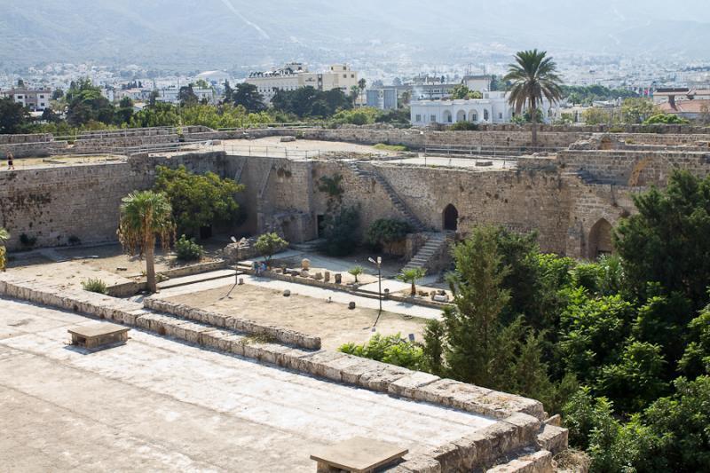 индивидуальные экскурсии в Киренийский замок Северный Кипр