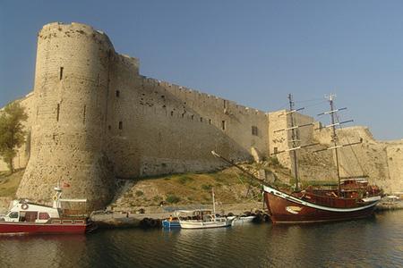 индивидуальные экскурсии в Киренийский замок