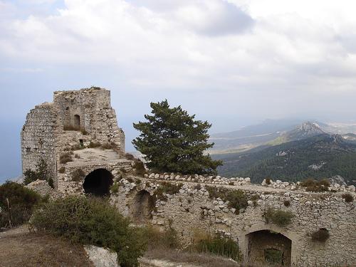 индивидуальные экскурсии в замок Кантара Кирения