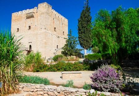 индивидуальные экскурсии в замок Колосии