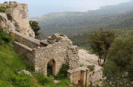замок Кантара Кирения