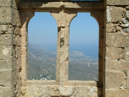 замок Святого Иллариона экскурсии