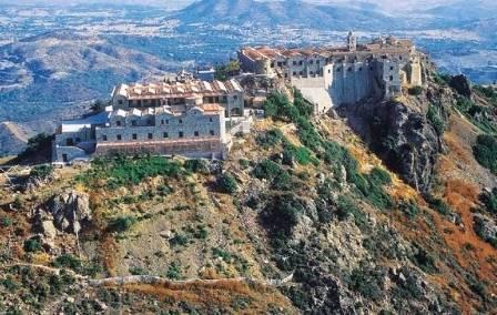 экскурсии в монастырь Ставровуни