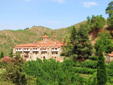 экскурсии в монастырь Богоматери Махерас