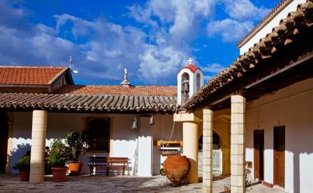 заказать экскурсию монастырь Ставровуни