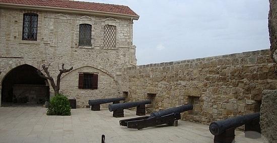 форт Ларнаки
