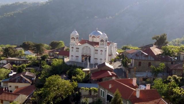 храмы в деревне Педулас