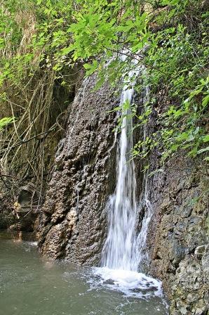 Какопетрия водопад