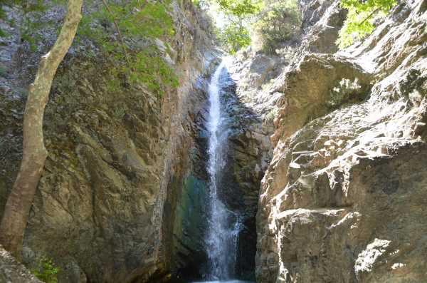 индивидуальные экскурсии в деревню Платрес Троодос