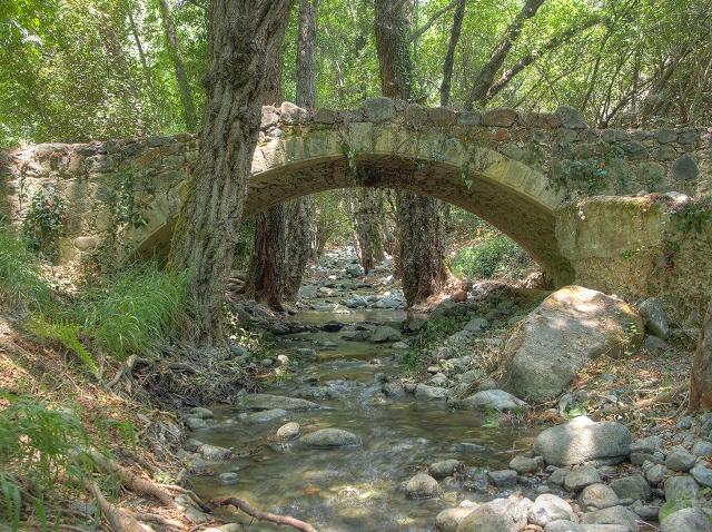 Мост Милиа в Платрес
