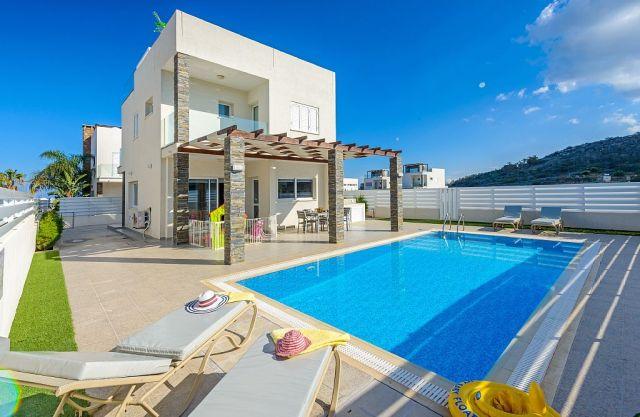 продажа домов в Протарасе