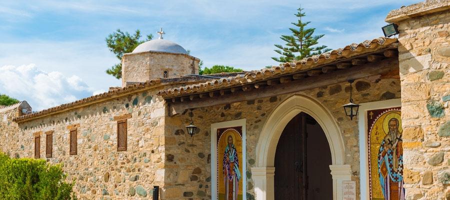 экскурсии в монастырь Святого Ираклидия