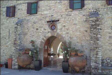 экскурсии в монастырь Святого Минаса