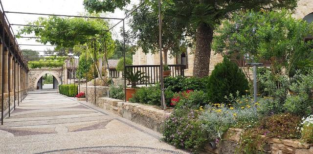 индивидуальные экскурсии в монастырь Святого Ираклидия