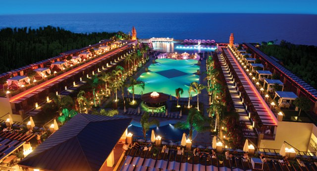 казино CRATOS PREMIUM HOTEL Кипр