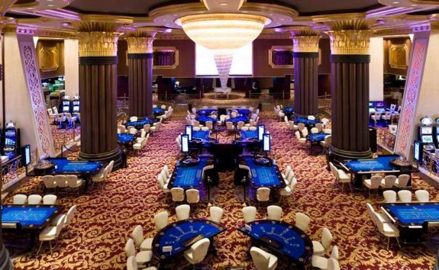 казино CRATOS PREMIUM HOTEL