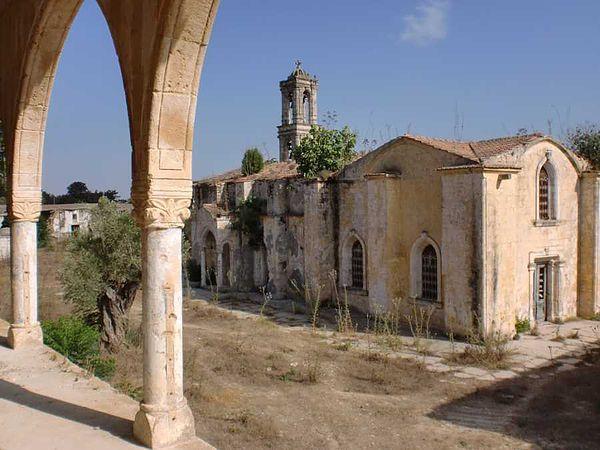 монастырь Святого Пантелеймона в Мирту