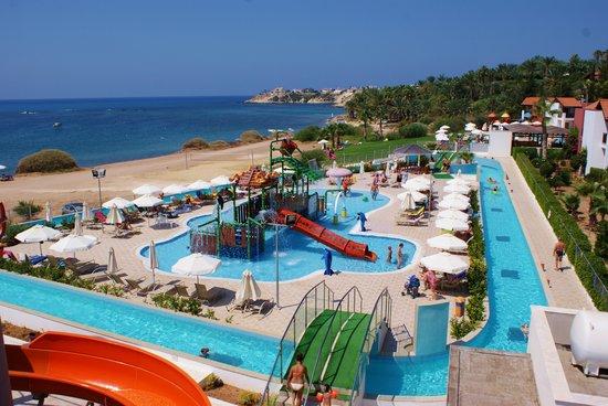 лучшие отели с аквапарком на Кипре