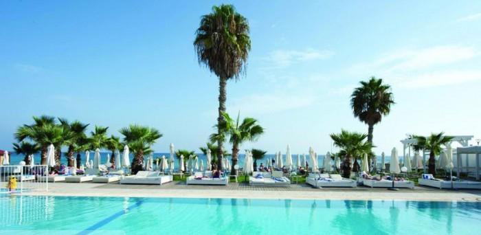 пляж Silver Sands Beach Hotel