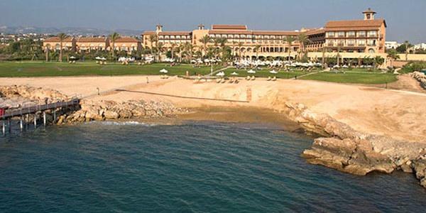 пляж отеля Elysium Пафос