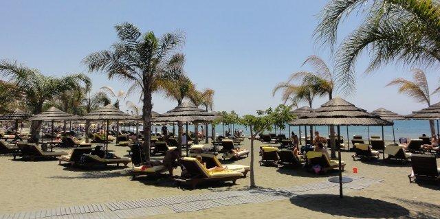 пляж отеля Four Seassons Лимассол