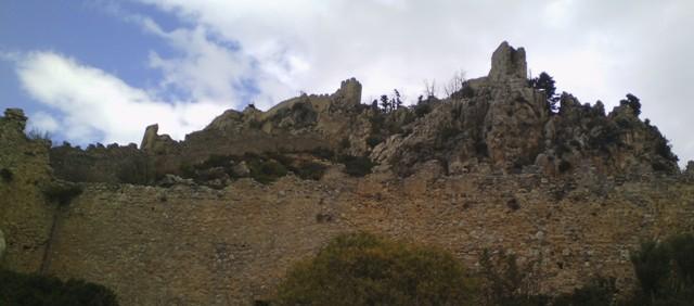 экскурсии в замок Святого Иллариона
