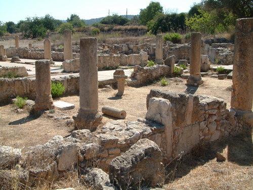 Базилика Святого Триаса Северный Кипр