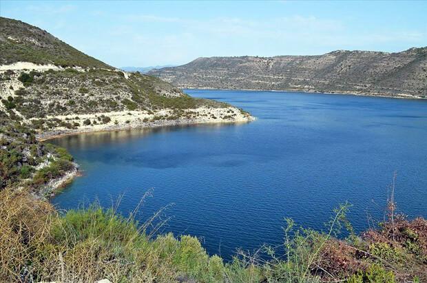 водохранилище Курис Кипр