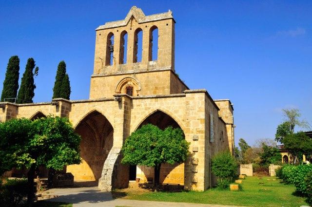 экскурсии в абатство Беллапаис