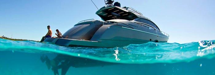 купить моторную яхту на Кипре