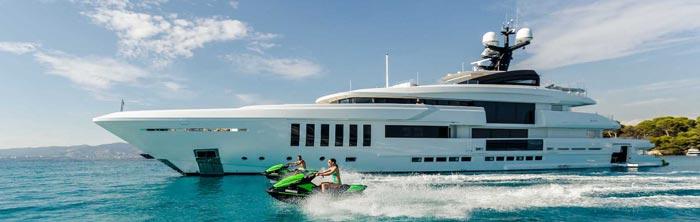 покупка люкс яхты на Кипре