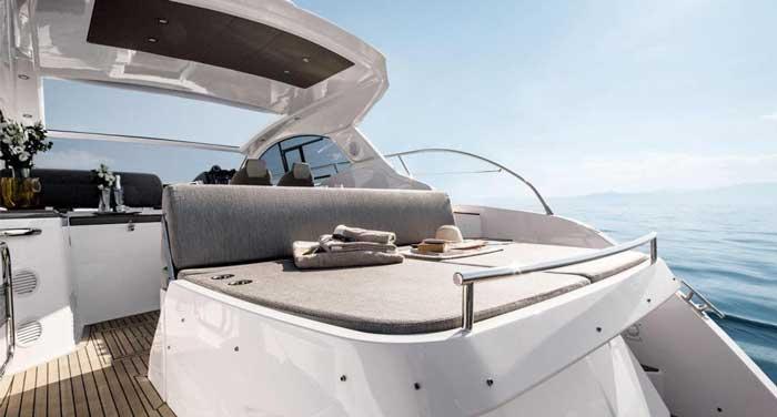 аренда яхты в Пафосе Azimut Atlantis 43