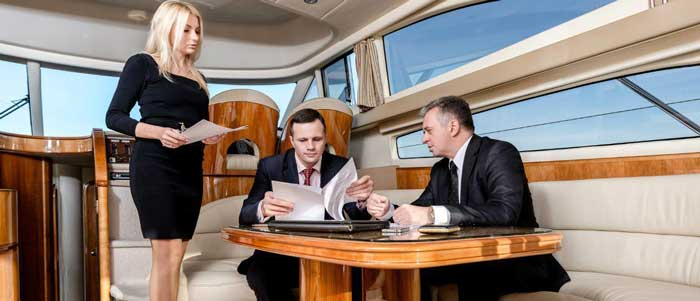 организация бизнес встреч на яхте