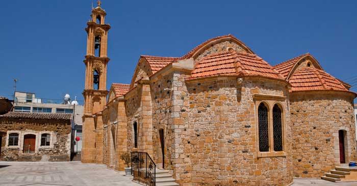 экскурсии в храм Киприана и Иустины