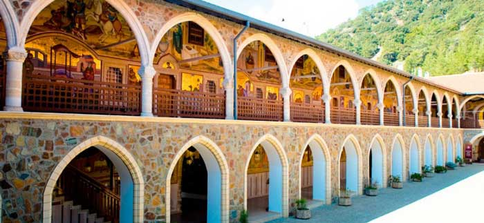 экскурсии в Кикский монастырь Кипр