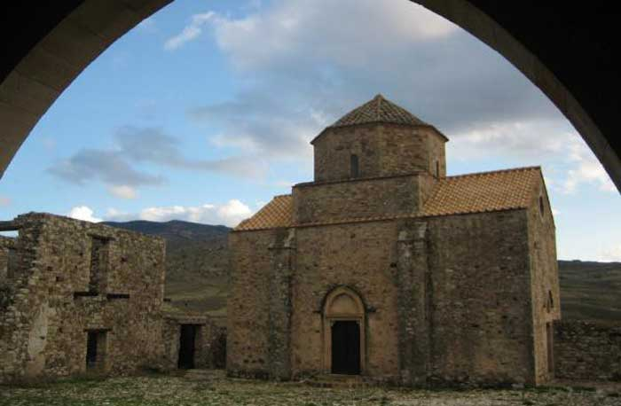 монастырь Панагии Синти Кипр описание