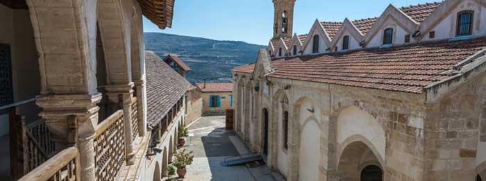 паломнические экскурсии в монастырь Святого Креста