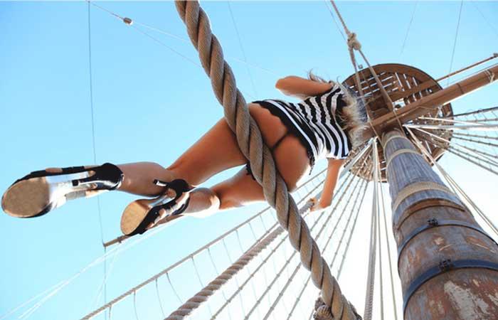 квест на яхте Кипр