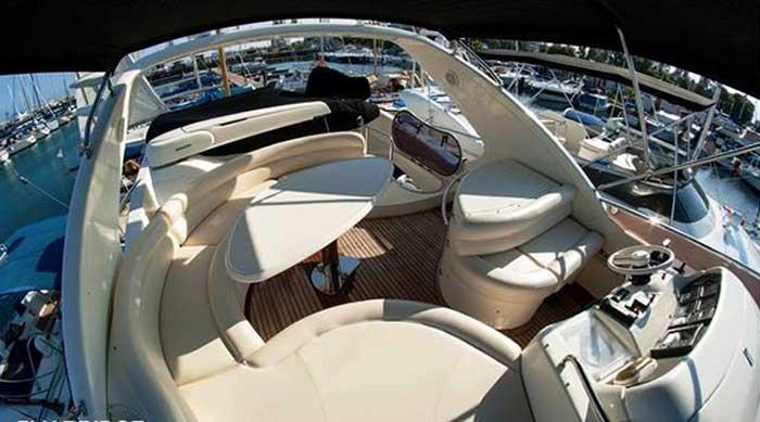 аренда яхты на Кипре в Айя Напе azimut 55