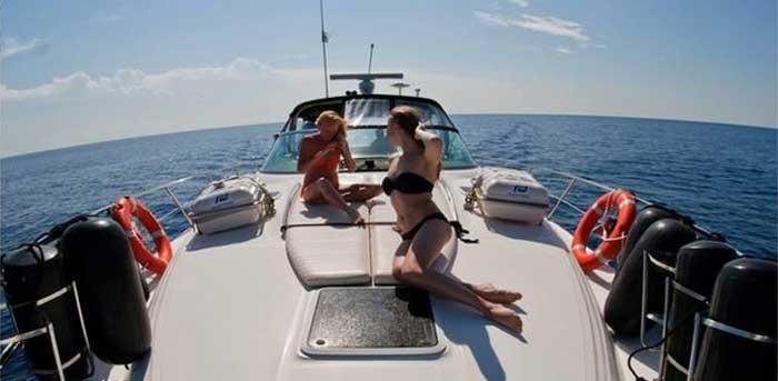 Аренда яхты в Лимассоле sea ray 455