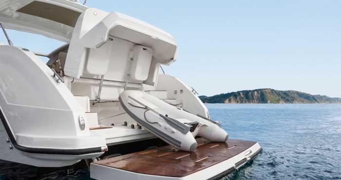 Кипр аренда яхты Azimut Atlantis 43