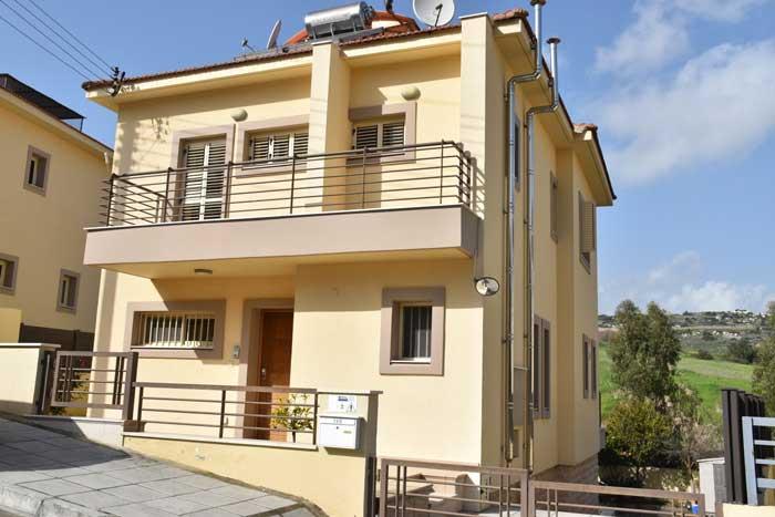 Продажа дома в Лимассоле от собственника