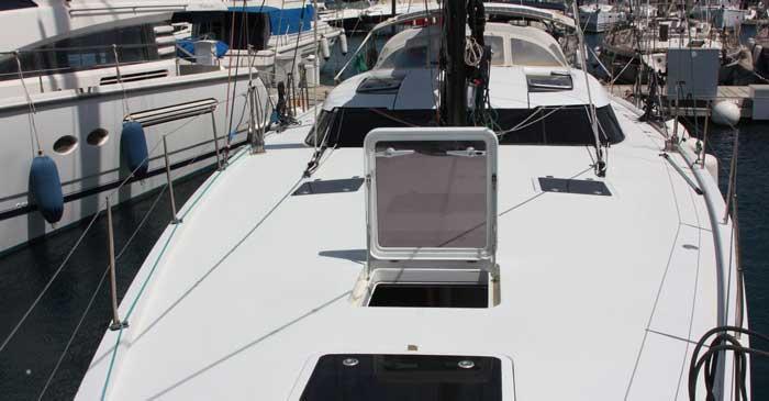 снять парусную яхту в Лимассоле shipman Кипр