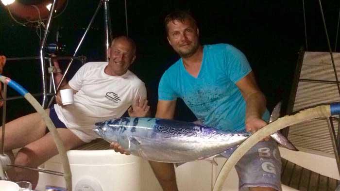 Ловля тунца на Северном Кипре sun odyssey 45