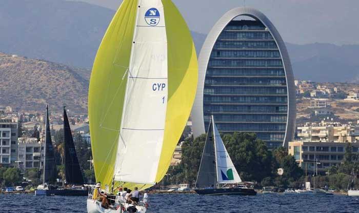 Аренда гоночной яхты на Кипре