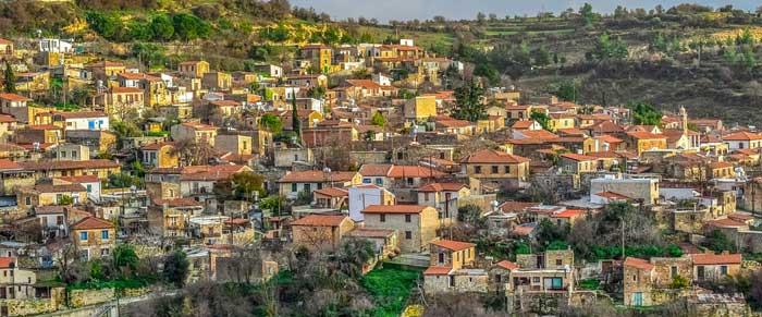 Деревня Арсос в Троодос