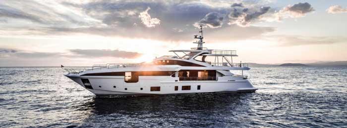 Купить яхтуa zimut Кипр